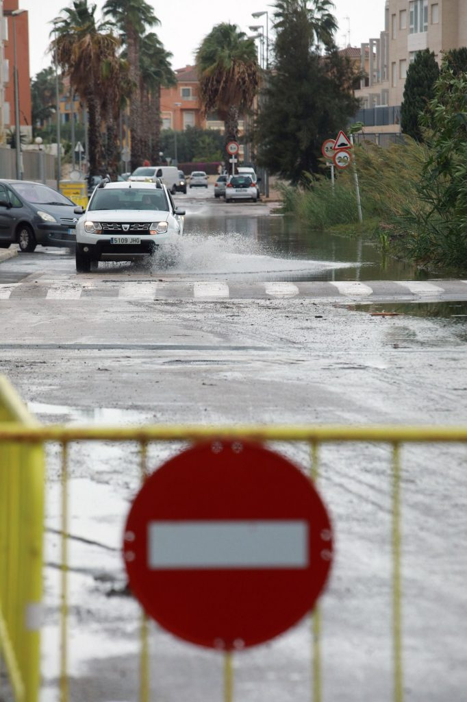 destrozos lluvias 2